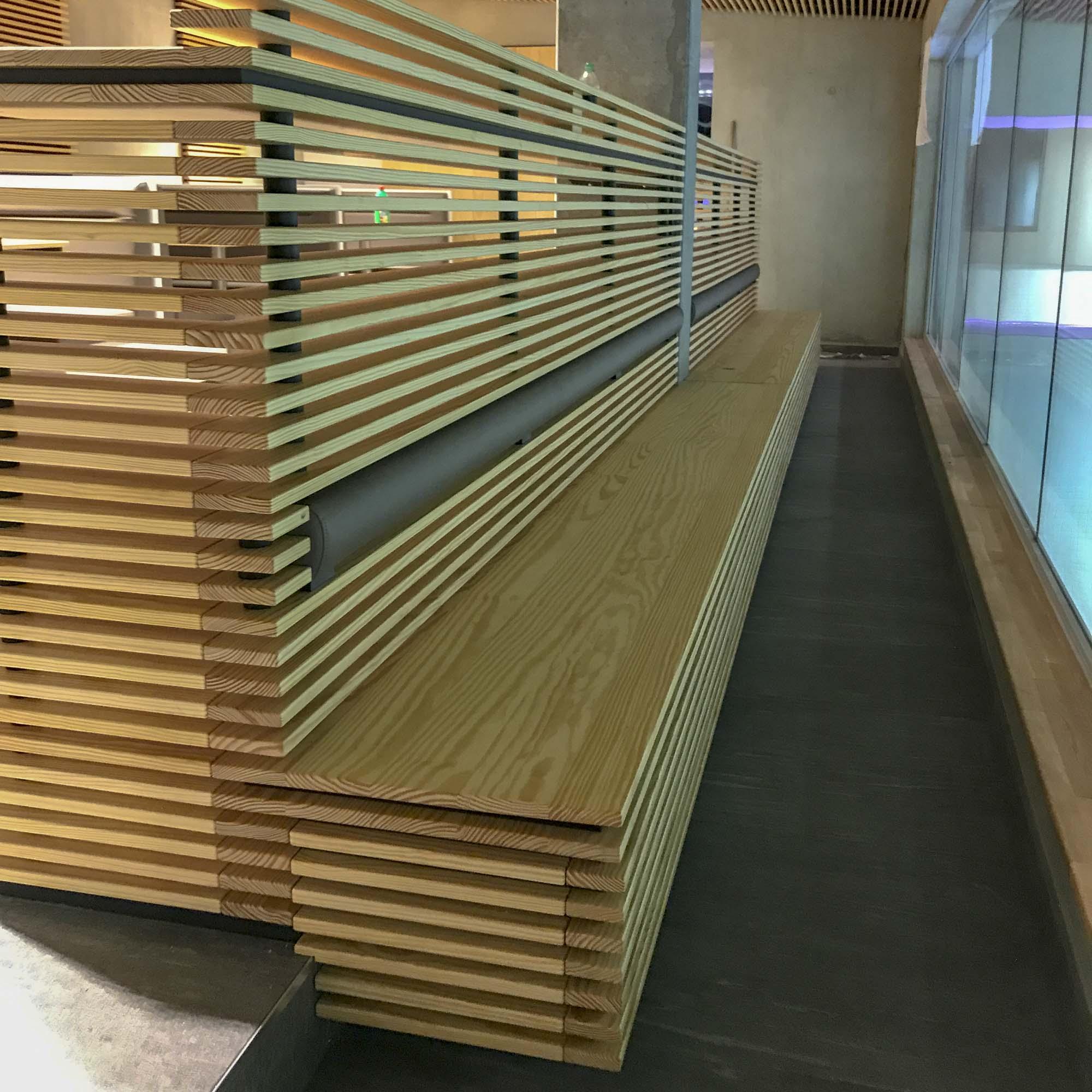 Holzmöbel für Sport-, Fitness- und Wellnessstudios