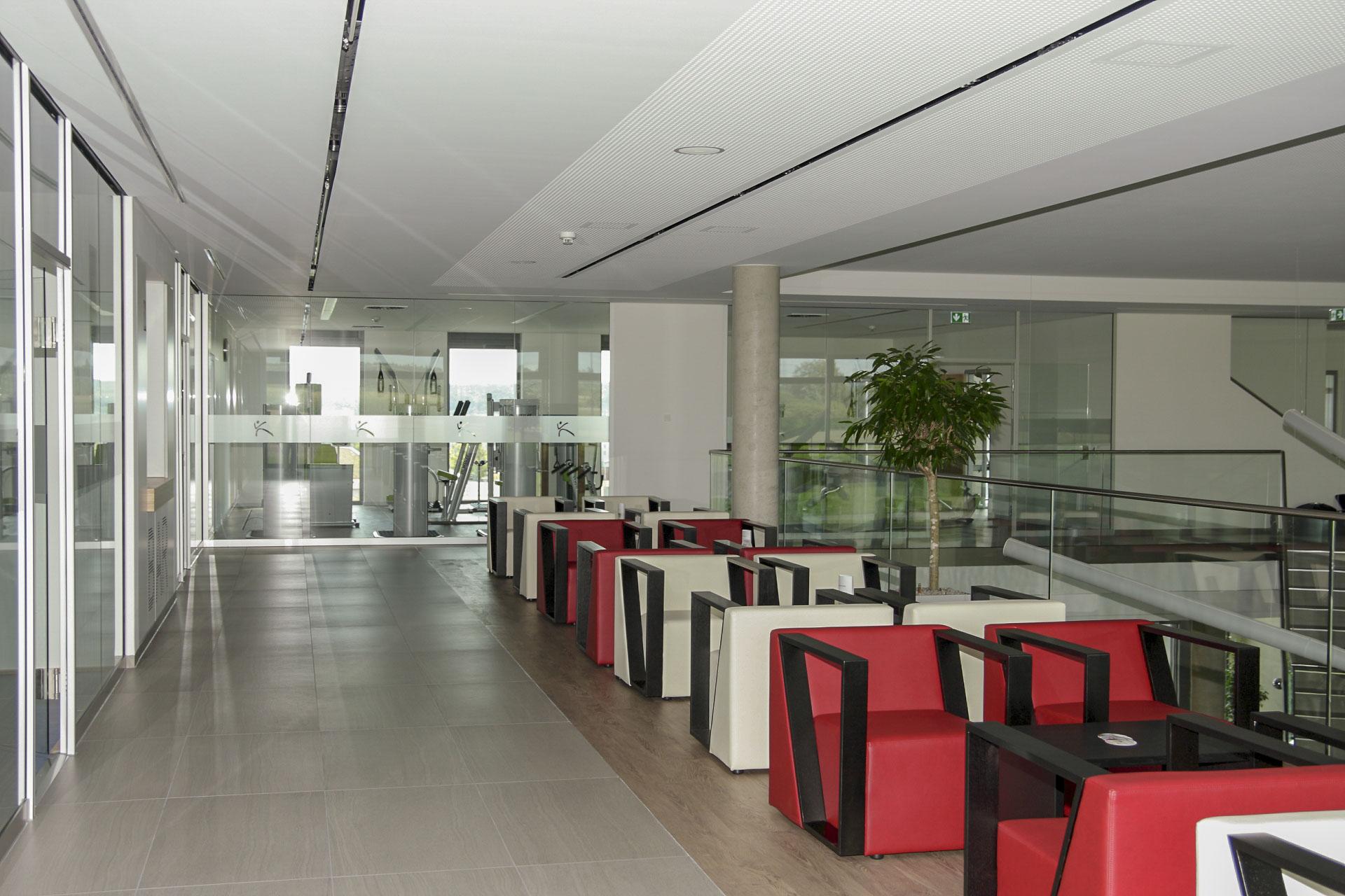 Möbel für Sport-, Fitness- und Wellnessstudios